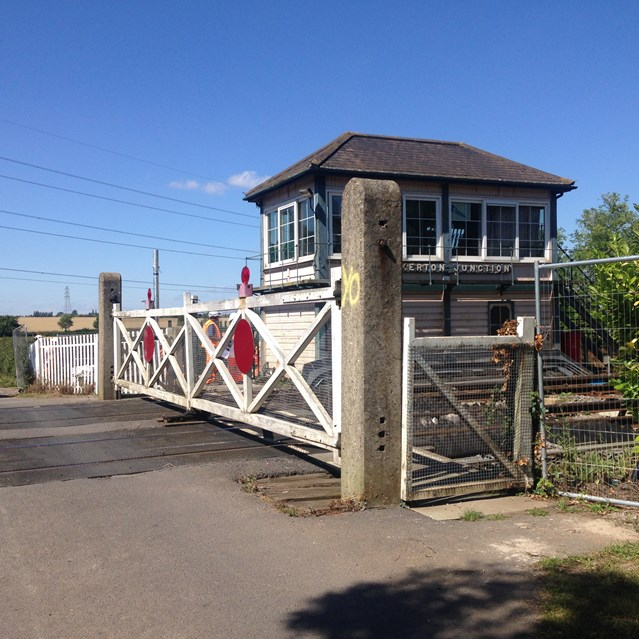 £48m railway investment comes to East Nottinghamshire: Fiskerton level crossing and signal box