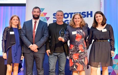 Scottish Enterprise CEO Steve Dunlop with Higgs EDGE winners CuanTec