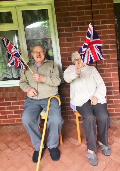 Customers celebrating VE Day-2