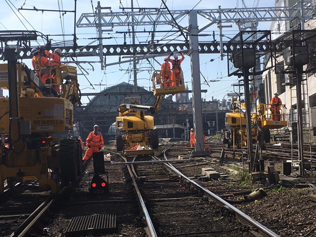 Work to overhead line equipment near King's Cross station