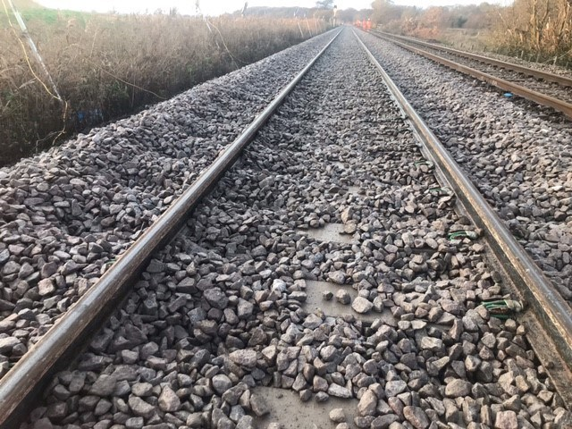 Fewer delays between Norwich and Lowestoft following track replacement work: Somerleyton track renewal-3