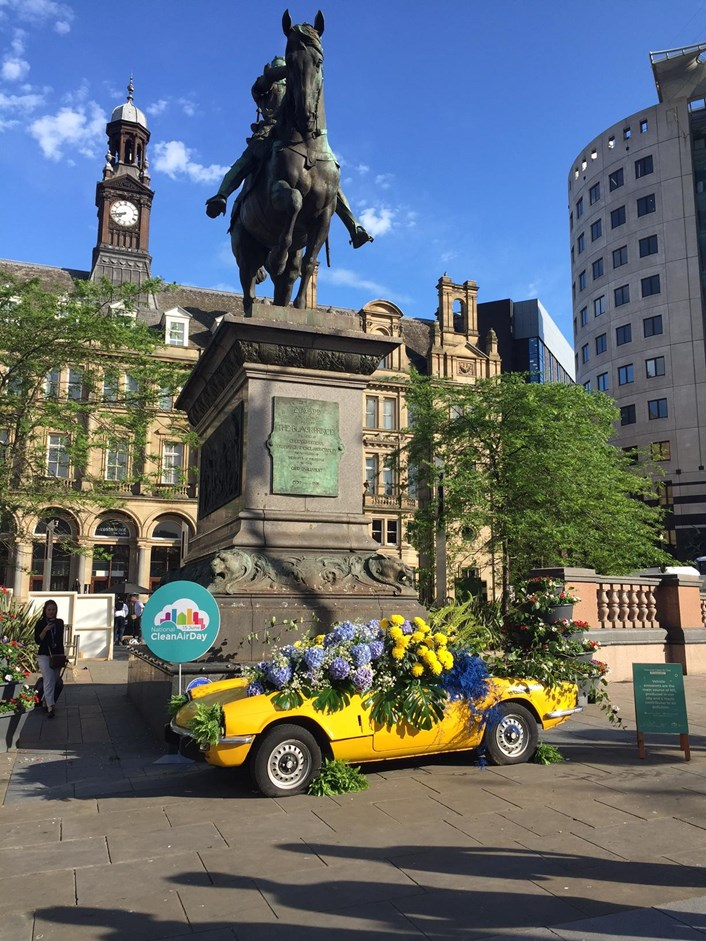 City comes together to pledge support to improve air quality: thecargardenoncitysquare.jpg