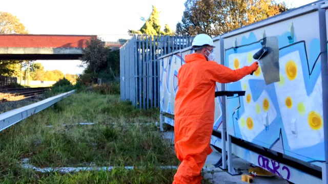 Graffiti hotspots targeted in major railway cleanup on Merseyside: Southport graffiti clean up
