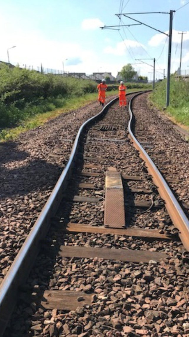 Network Rail prepares for soaring temperatures: Buckled rails at Wishaw near Glasgow - 28 May 2018