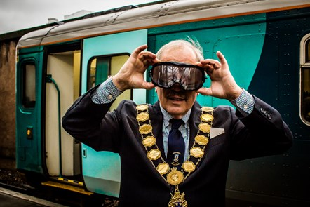Mayor backs Christmas Safety Campaign: ShrewsburyRailStationChristmasSafetyPromo2018.12.18-26