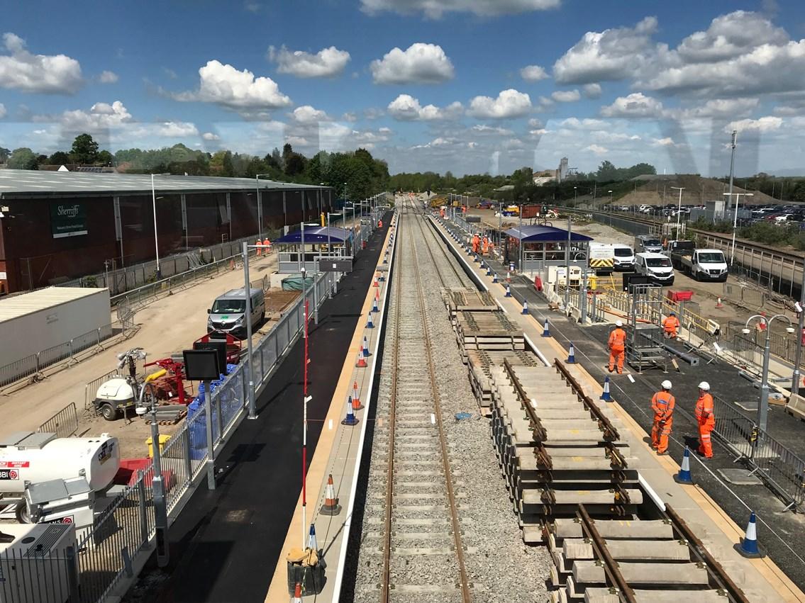 Platform and track work at MH station