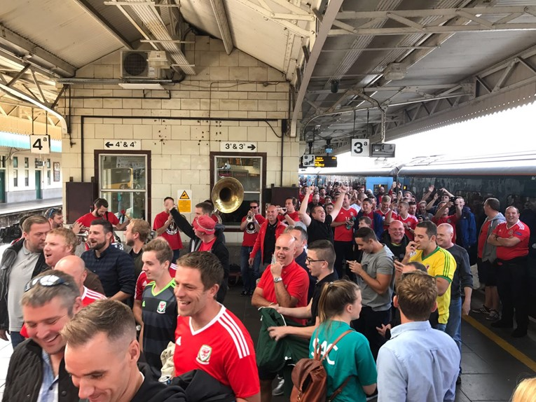 North Wales fans gear up for second football special in crunch World Cup clash with Ireland: S4C - Barry Horns Gorsaf Caerdydd - 2.9.17 (1)