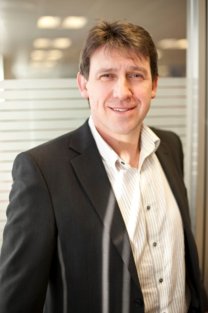GO DIGITAL FOR A COMPETITIVE EDGE: Mike Houghton, Managing Director – Process Industries and Drives, Siemens UK & Ireland
