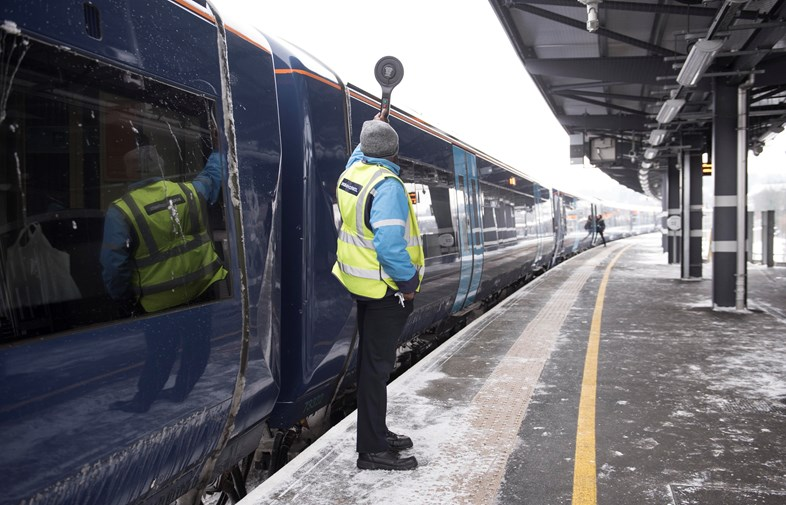 Southeastern to run a Winter Weather Timetable on Friday 1 February: winter platform-3