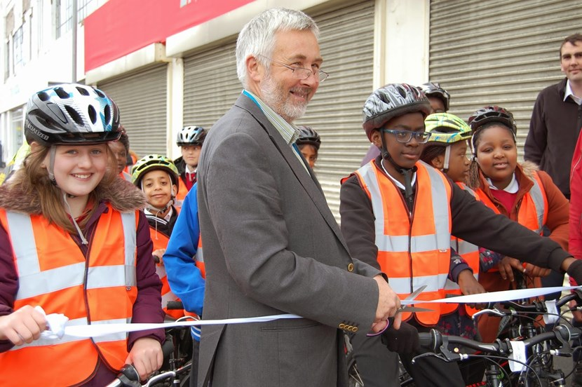 New cycle route marks Sky Ride countdown: cllrlewisnewcyclewaymeanwoodroad.jpg