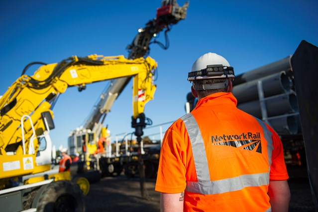 Upgrade work set to increase on Stirling-Dunblane-Alloa lines: Network Rail engineer