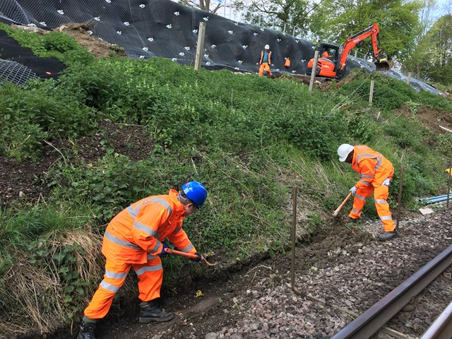 South East - Easter - Maidstone: Uncovering a high-voltage cable run as part of cutting works in Maidstone