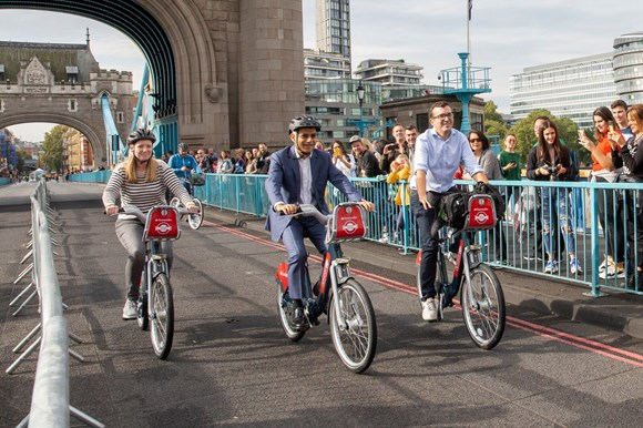 pn002 - September 2019 - The Mayor opens London's biggest Car Free Day
