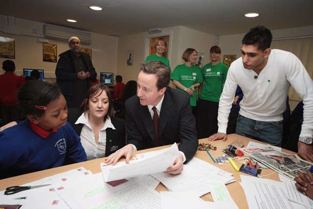 David Cameron at the launch of Gloves Community Centre & Gym - powered by Network Rail: David Cameron, Amir Khan & Network Rail's Rail Education Manager Vicki Smith at the launch of Gloves Community Centre & Gym