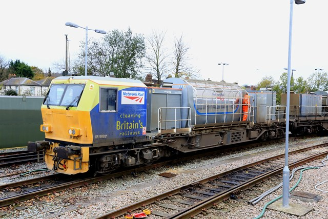 'Leaf buster' Multi Purpose Vehicle (MPV) 1: One of our fleet of treatment trains that clean the rails using water jets and then apply a sand-based gel to help trains gain traction http://www.networkrail.co.uk/timetables-and-travel/delays-explained/leaves/