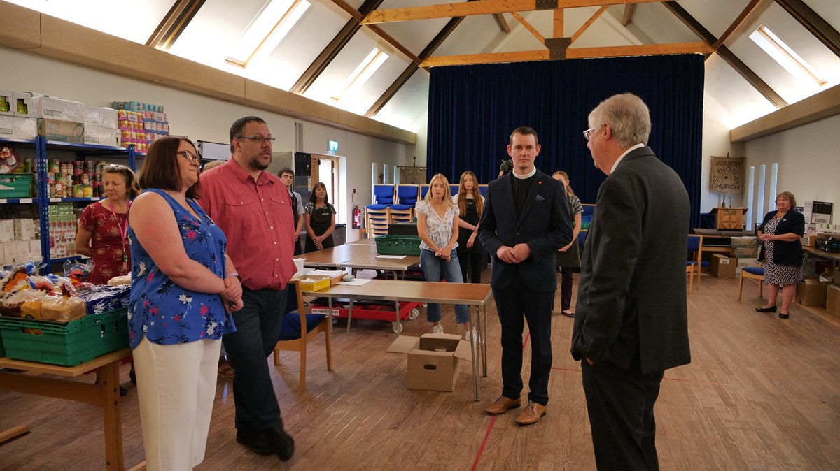 FM Mark DRakeford visits CARE project in Caerphilly2