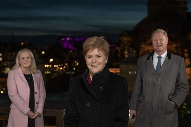 l-r Scottish National Investment Bank CEO Eilidh Mactaggart, First Minister of Scotland Nicola Sturgeon, Bank Chair Willie Watt 2