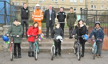 Network Rail Edinburgh Cheer charity partners donate bikes to Abbeyhill Primary: Vykintas Slivka, Hibernian FC 1st team player Craig McLaughlin, Story Contracting William Jack, Station Interface Manager, Network Rail Dean Gibson, Hibernian Community Foundation Sally Ketchin, Head Teacher, Abbeyhill Primary School