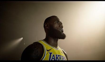 NBA2K19 Launch Trailer (ESRB)