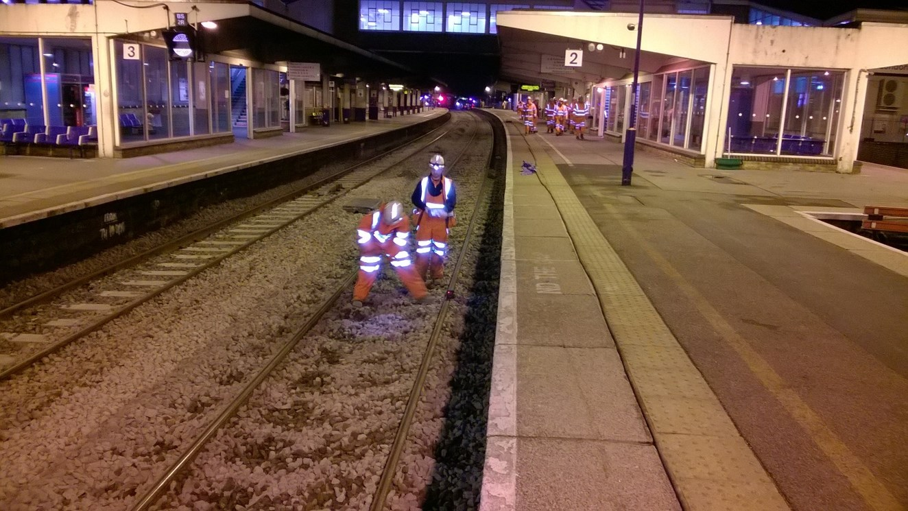 Chiltern main line reopens after successful Christmas upgrade work at Banbury: Christmas improvement work taking place at Banbury station