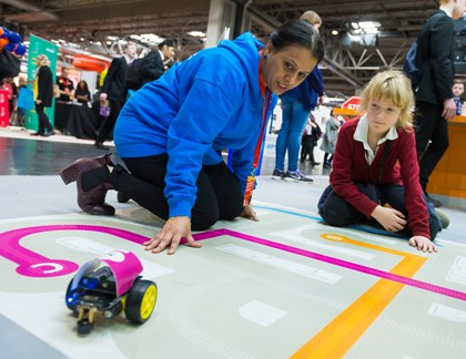 Siemens to spark interest in engineering this bank holiday: STEM image