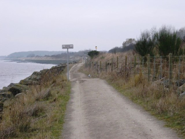 Hessle Foreshore footpath
