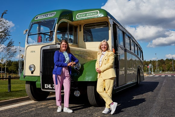Minister Maclean and WY Mayor Tracy Brabin with vintage bus