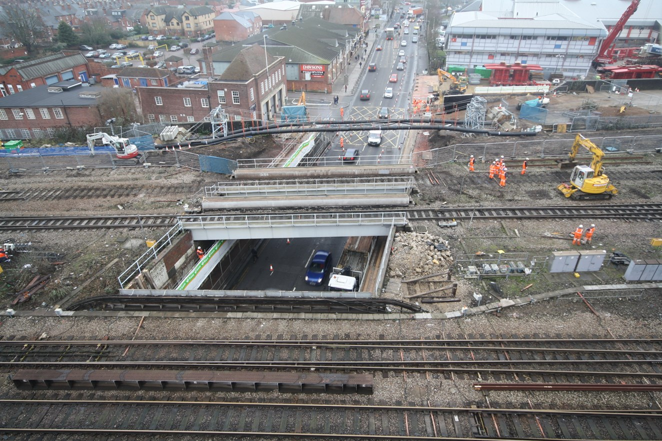 FIRST STAGE OF READING RAIL IMPROVEMENT PROJECT COMPLETE ON TIME: Caversham Road - getting ready