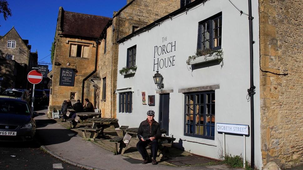 Council ready to press go on Café culture: Pavement Licences