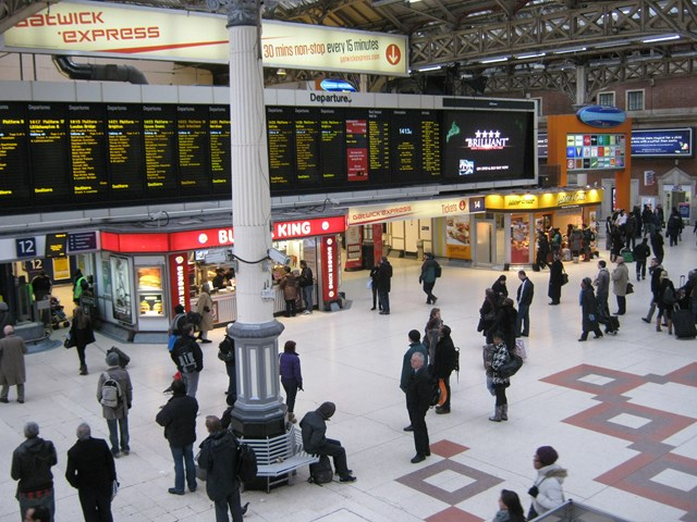London Victoria Station_2: London Victoria Station
