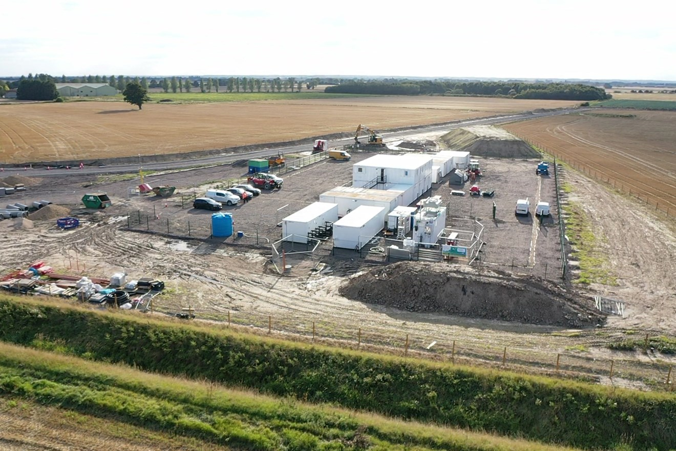 Construction world first: Industrial hydrogen fuel cell system to provide combined heat and power to National Grid's Viking Link construction site: Viking Link construction site