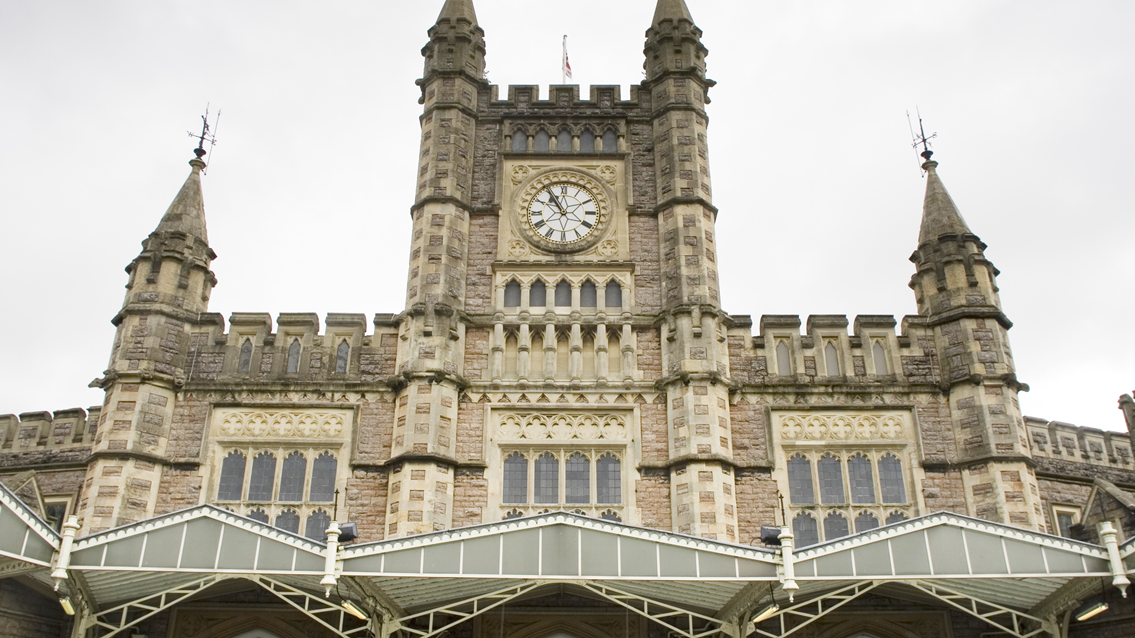 Brand-new WiFi launched at Bristol Temple Meads station: Bristol Temple Meads front-2