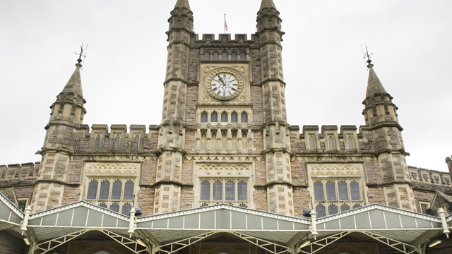Bristol Temple Meads front-2