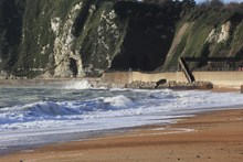 An earlier image of the 1 metre dip in the sea wall at Dover: An earlier image of the 1 metre dip in the sea wall at Dover