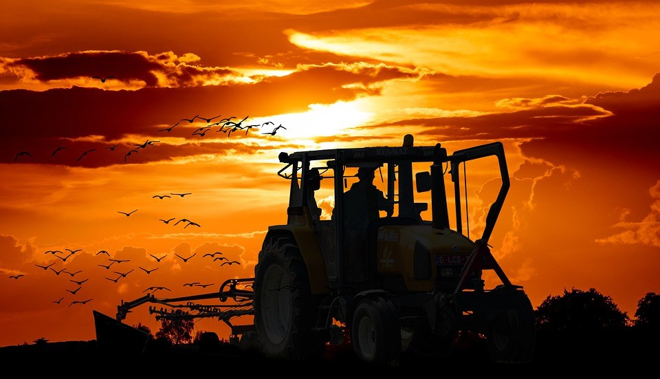 image-tractor