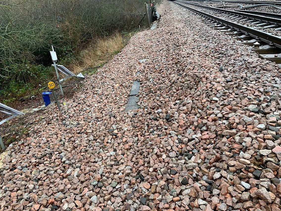 Network Rail engineers tackle emergency work at Salfords (near Gatwick) affecting Brighton Main Line travel on Saturday 9th, Sunday 10th and Monday 11th January: Embankment near Salfords