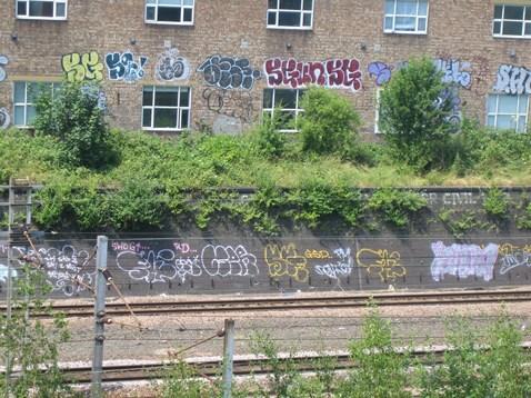 Finsbury Park Graffiti Before