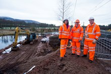 Lamington Viaduct 3 - Claire Perry, Derek Mackay and Phil Verster view the dam from track level