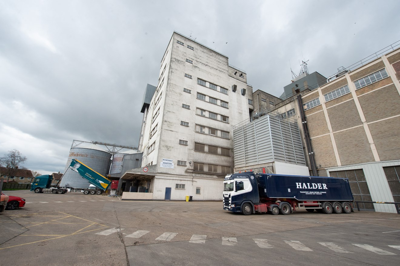 Siemens Digital Industries secures multi million productivity contract with Boortmalt Group: GL0 8241