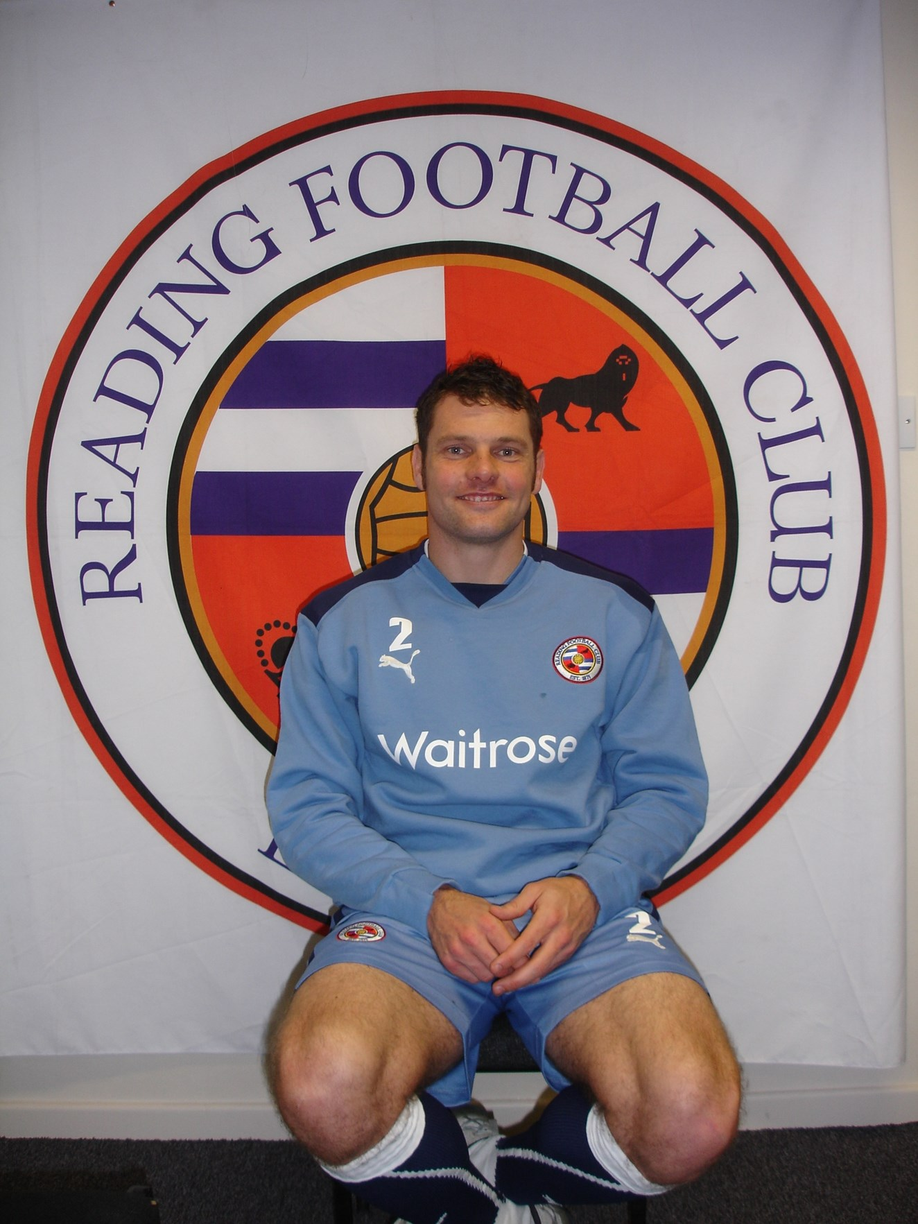 NO MESSIN ON THE RAILWAY SAYS READING FC'S GRAEME MURTY: Reading FC's Captain, Graeme Murty 01