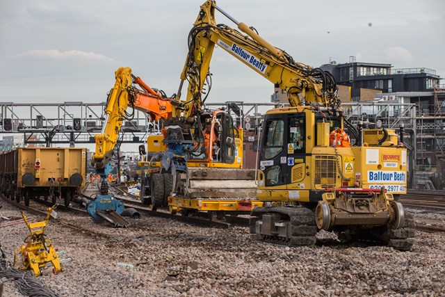 LBG - clearing old track and sleepers: Saturday on site at London Bridge