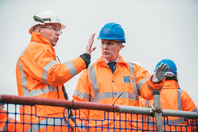 Stonehaven, Michael Matheson visits work site pic 1
