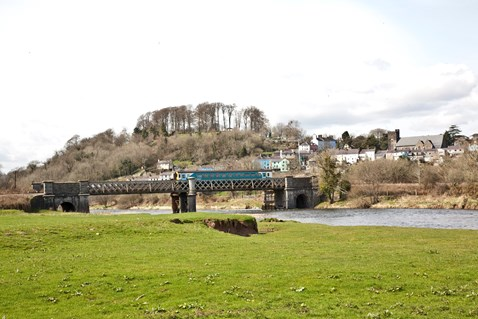 Heart of Wales line, Llandeilo