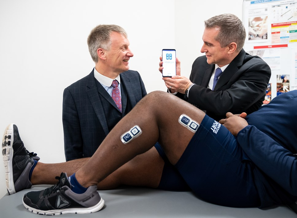 Med-tech firm receives £2.5m grant to further develop orthopaedic sensors: EnMovi 001