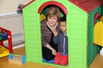 £7 million for welfare support: Deputy First Minister Nicola Sturgeon visits the OFPS drop-in centre in Maryhill, Glasgow.  Those hardest hit by Westminster's welfare reforms are set to benefit from a £7 million investment in mitigation services, it was confirmed today.  http://www.flickr.com/photos/scottishgovernment/12435175045/