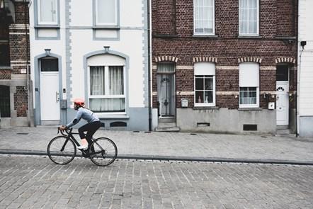 New data reveals a surge in people looking to buy bicycles amidst lockdown: coen-van-den-broek-hFeV3DhKcEw-unsplash