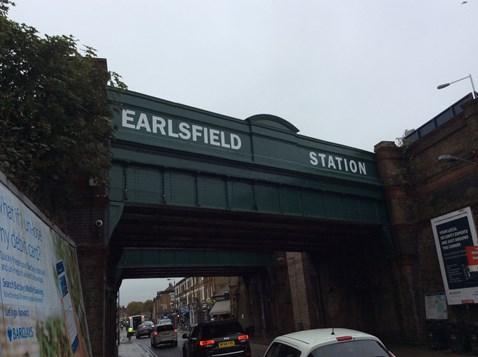 Earlsfield bridge 1