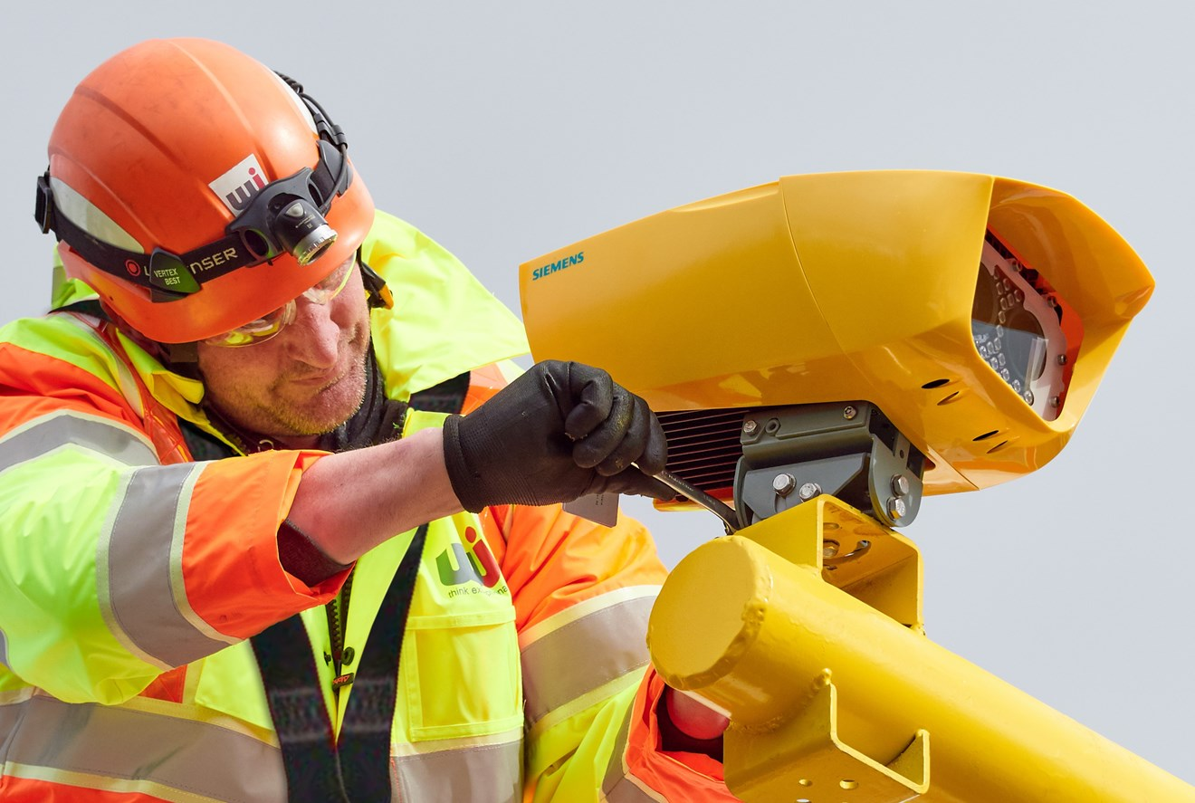 Home Office Type-Approval received for latest Siemens Mobility SafeZone: WJ Group Installing a Siemens TASCAR System-2