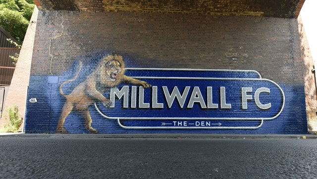Hollywood artist Lionel Stanhope designs mural for Millwall Football Club with backing from Network Rail: The leaping lion