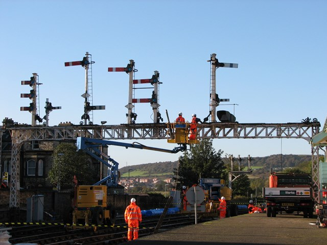 Falsgrave signal gantry being removed